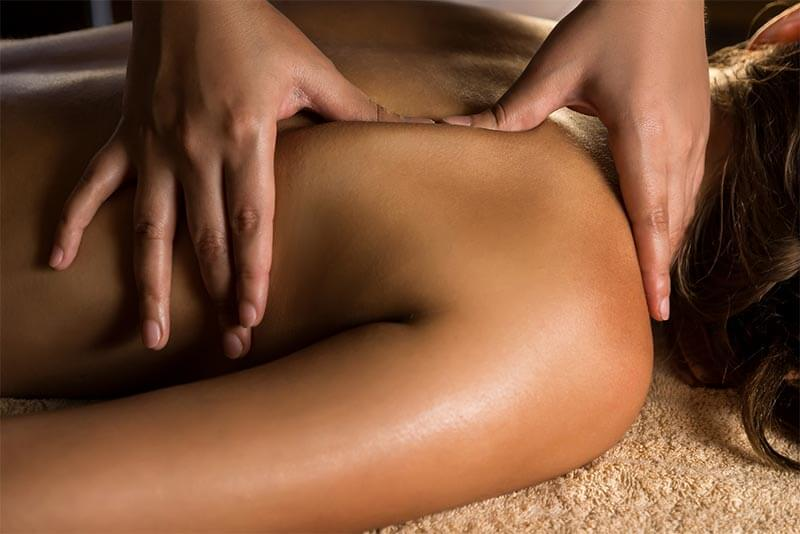 Calgary's best massage, we will release stress and stiffness caused by travel. Hotel massage can be booked right now