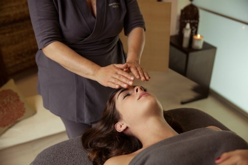 Massage therapy Calgary and in-home reflexology
